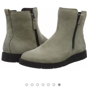 Ecco Bella Ankle Boots Grey US 6-6.5 EU size 37